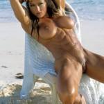 femmes-musclees-nues-010