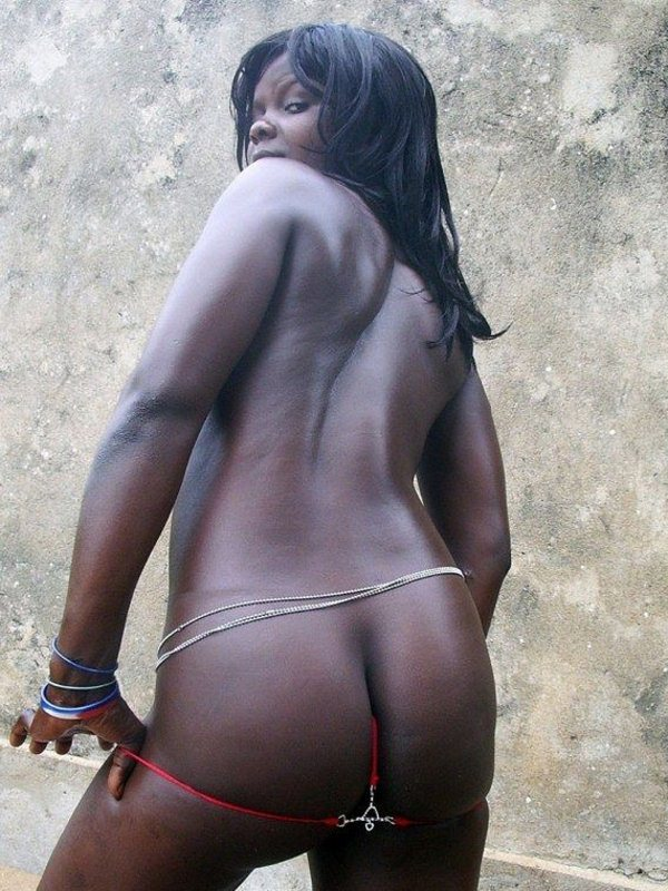 femmes-noires-nues-007