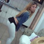 filles-sexy-en-pantalon-moulant003