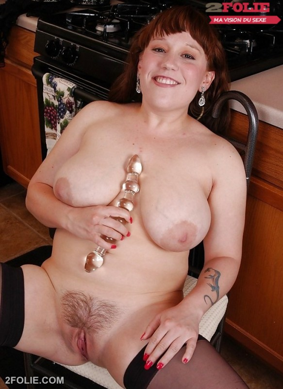 femme mature grosse chatte poilue-011