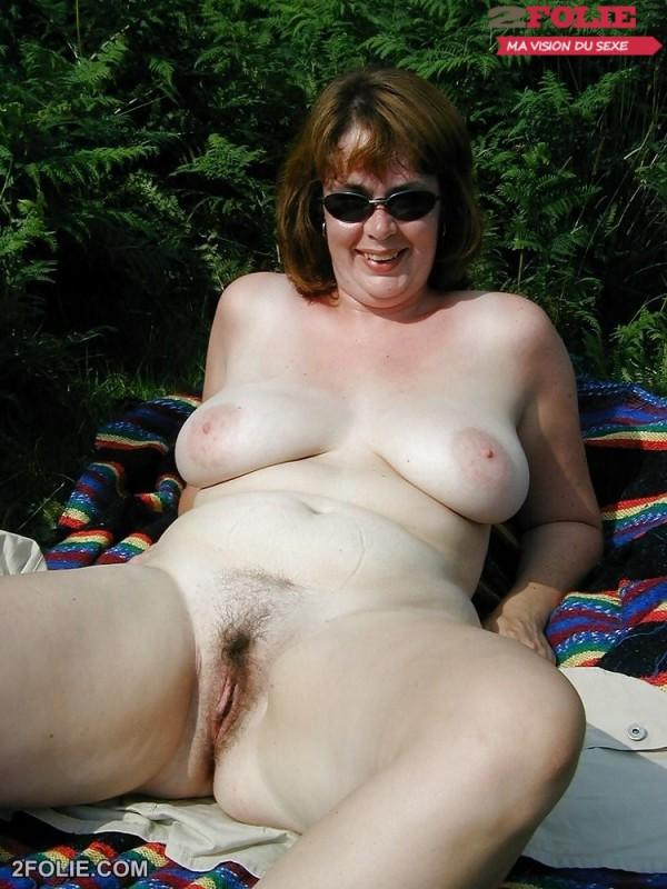 femme mature grosse chatte poilue-014
