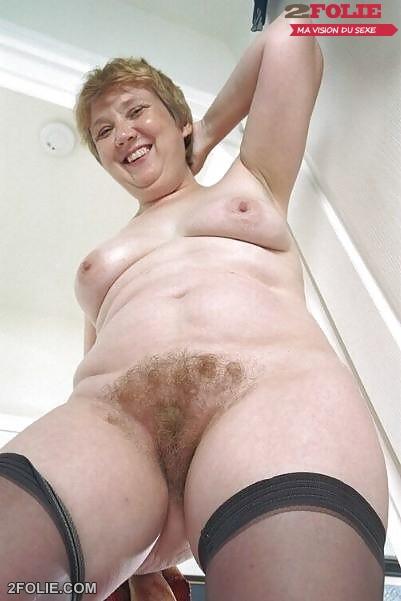 femme mature grosse chatte poilue-016