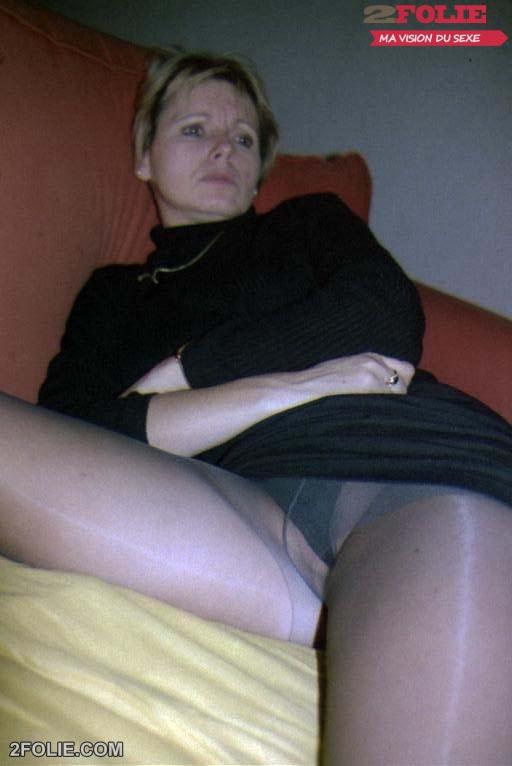 sous jupes femmes mûres-012