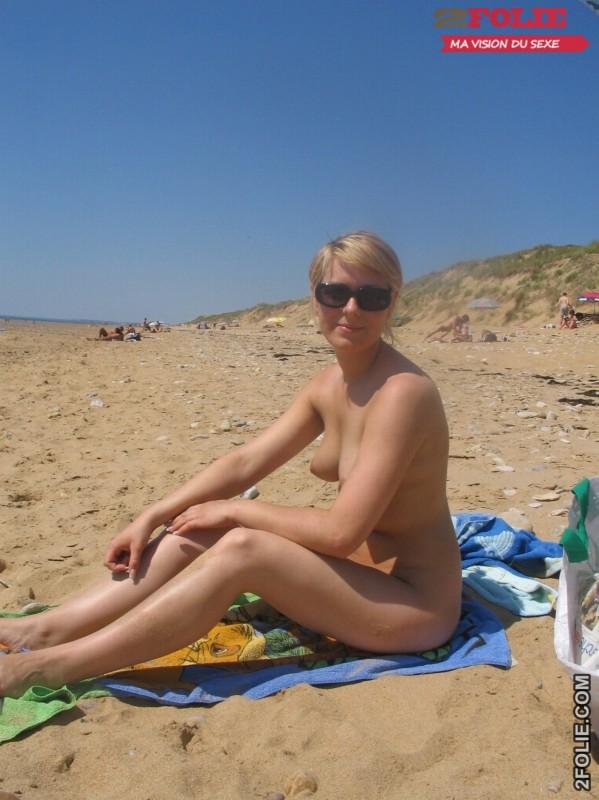 belles femmes completement nues en vacance006