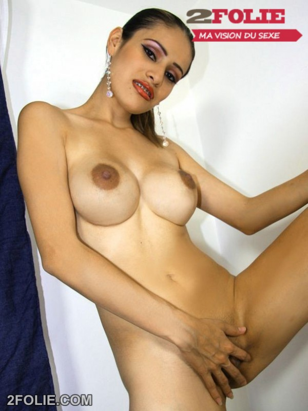 beurette nue-012