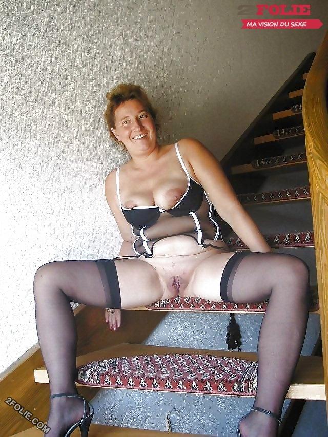 A 50 ans elle a un petit cul trs bandant - sexe69com