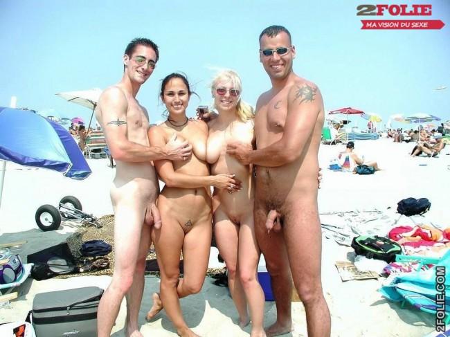 femme mature et jeune homme nudiste femme