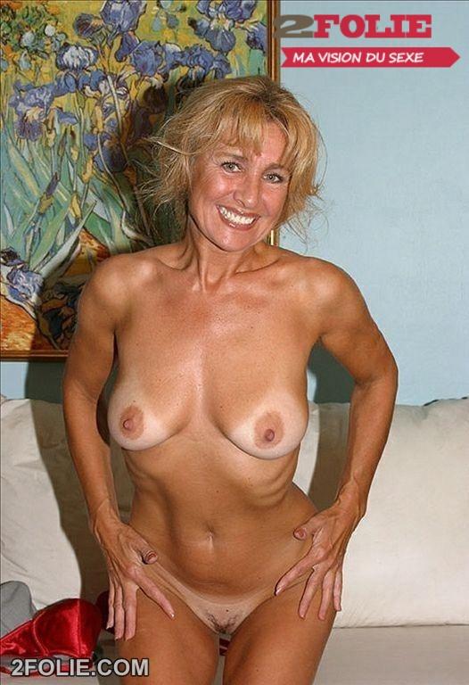 mature blonde 002