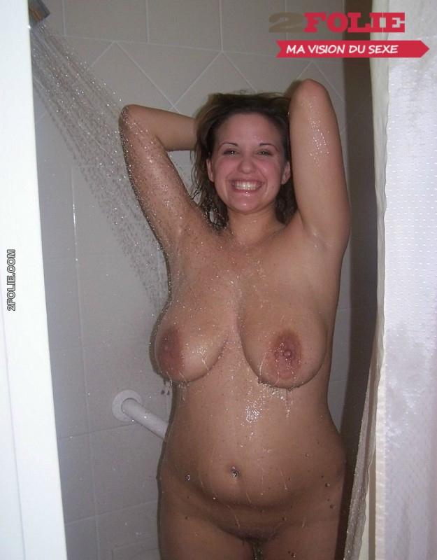 salope lycee gros seins douche