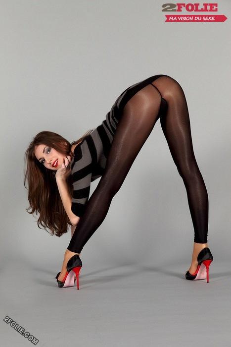 photos de femmes en leggings avec un beau cul-005