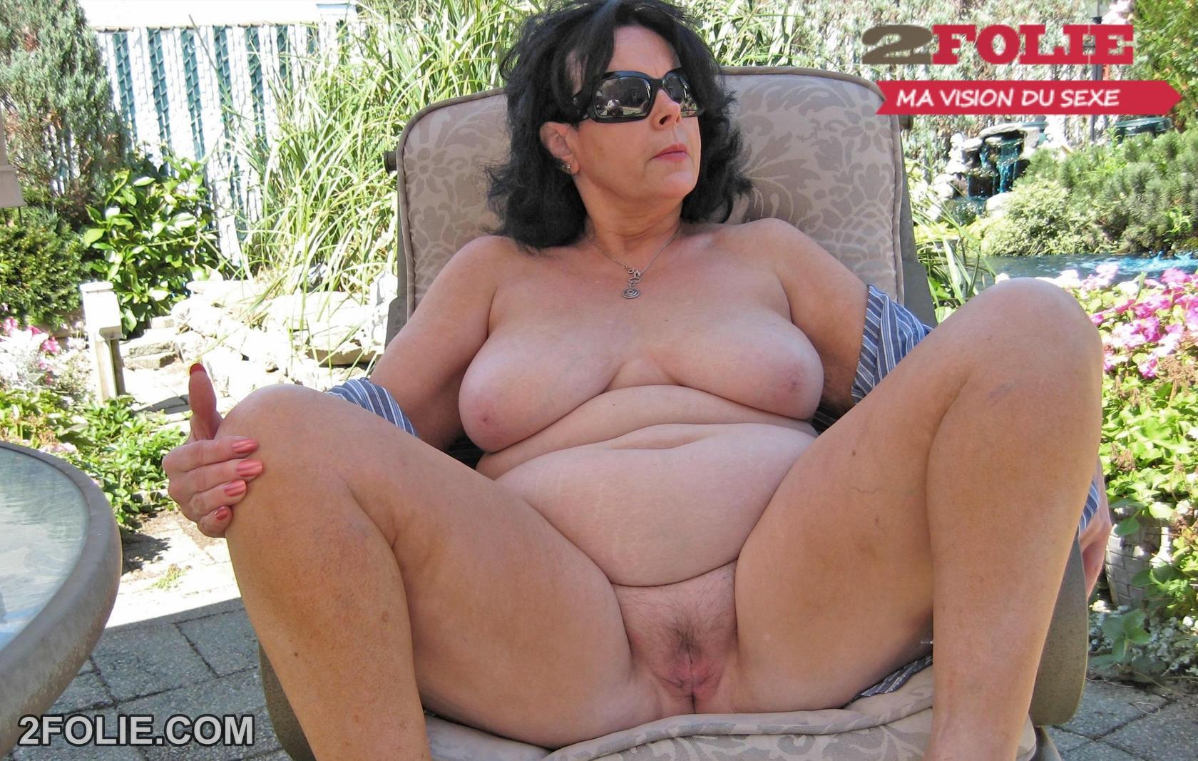 femme agee nue