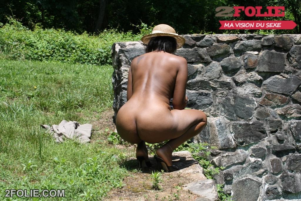 femme nue dehors cafecoquin com