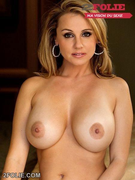 gros seins nus escortcaen
