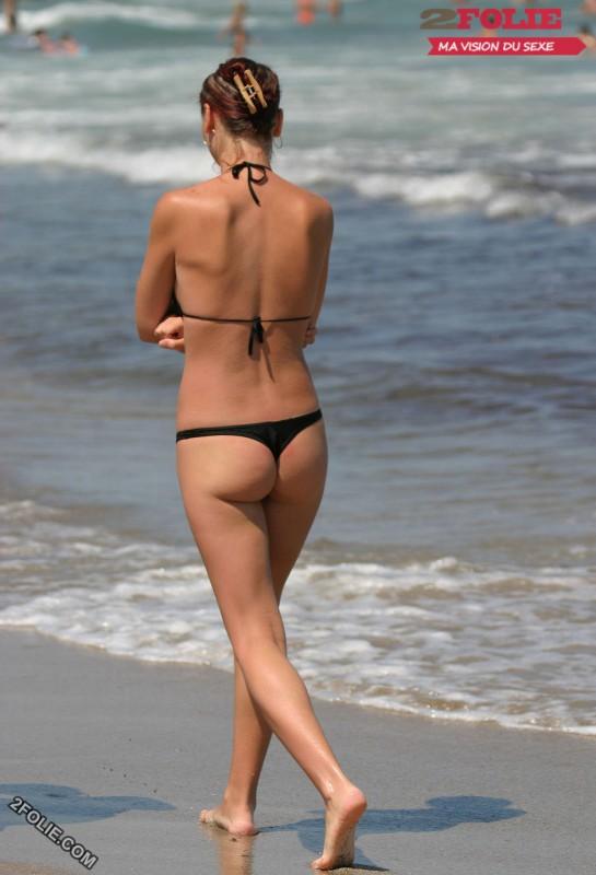 femmes en string plage-008
