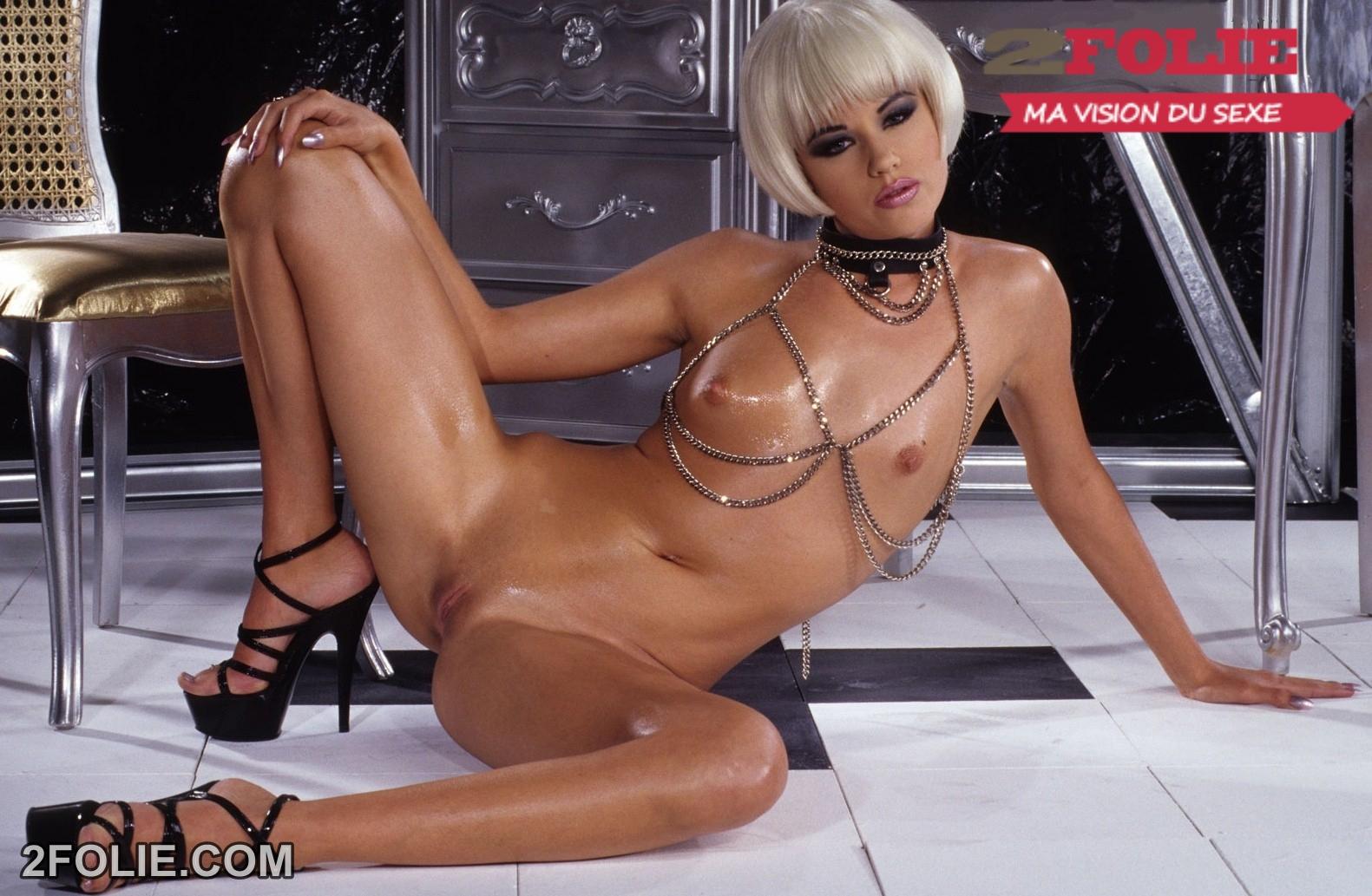 Porno jeunes femmes nues