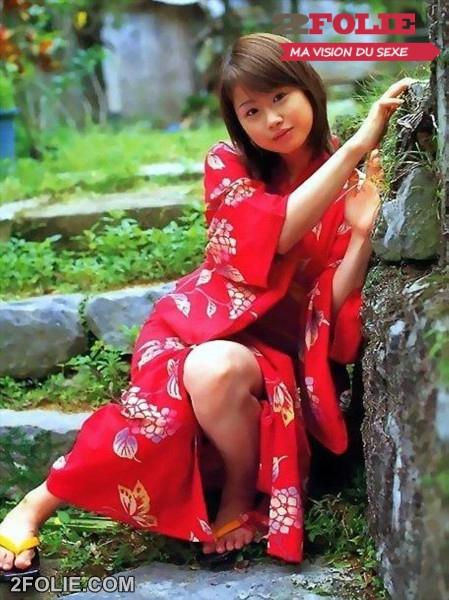 Filles asiatiques en tenue très sexy-008