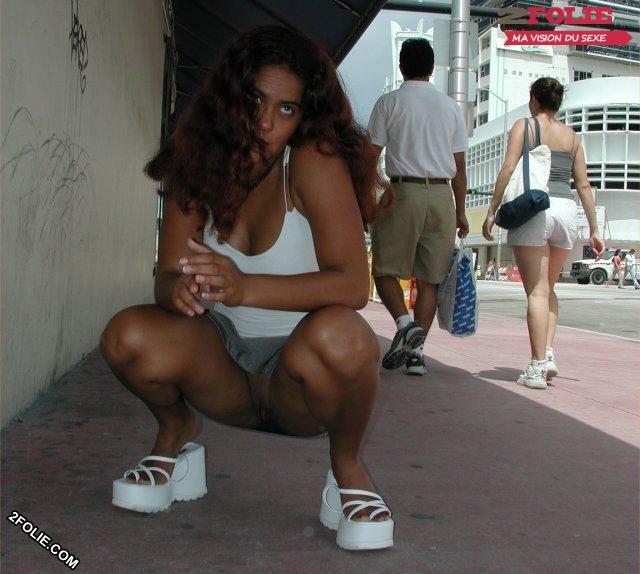 voir sous les jupes des femmes-001