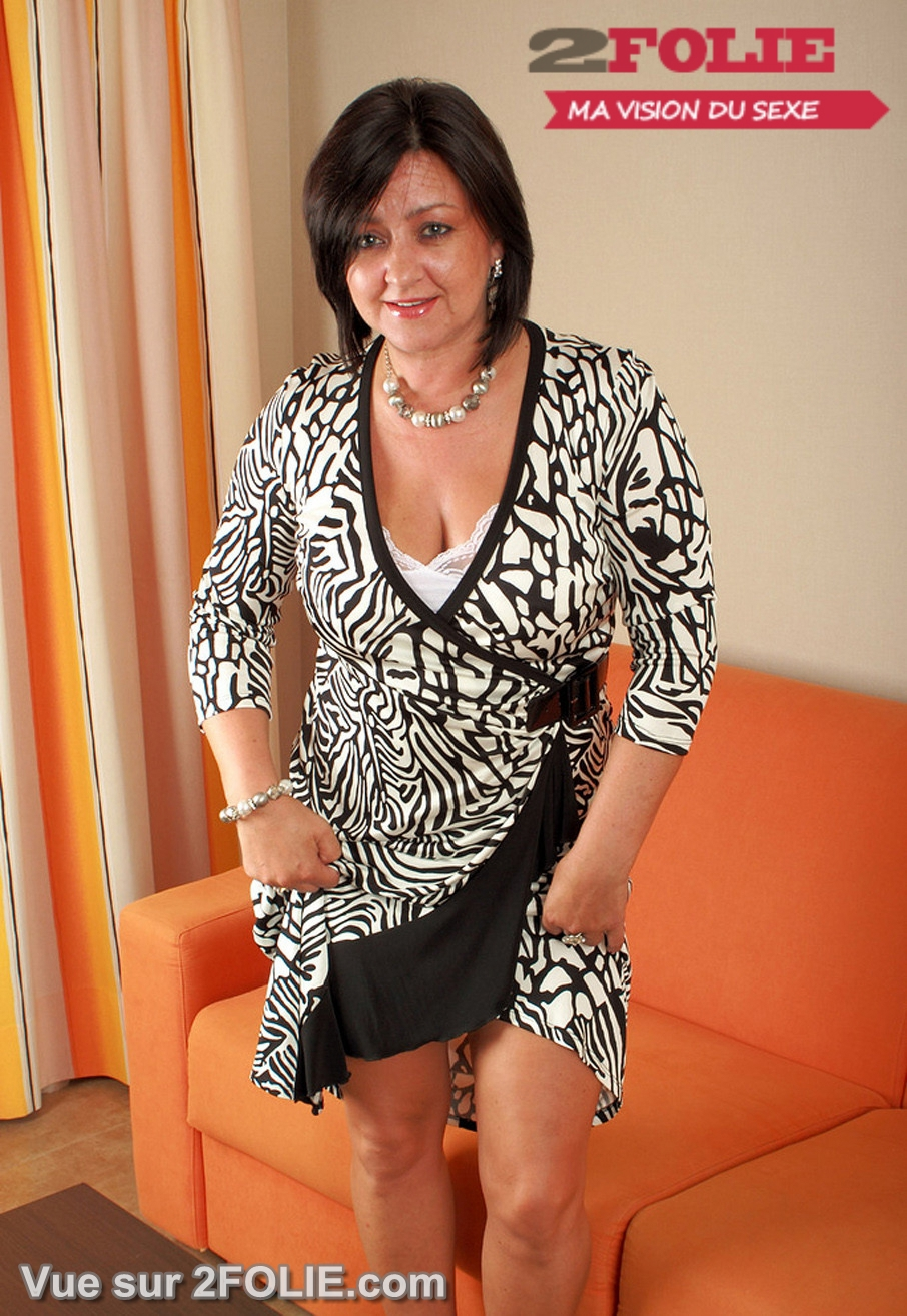 femme habillée en salope tres jolie salope