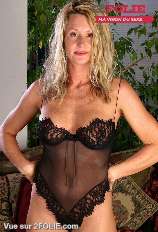 mature nue habillee femmes nues tele