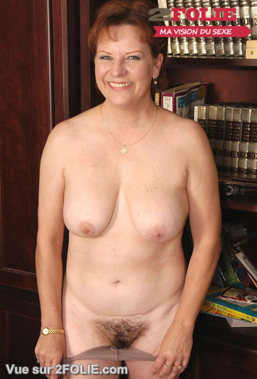 trio lesbienne poilues seins