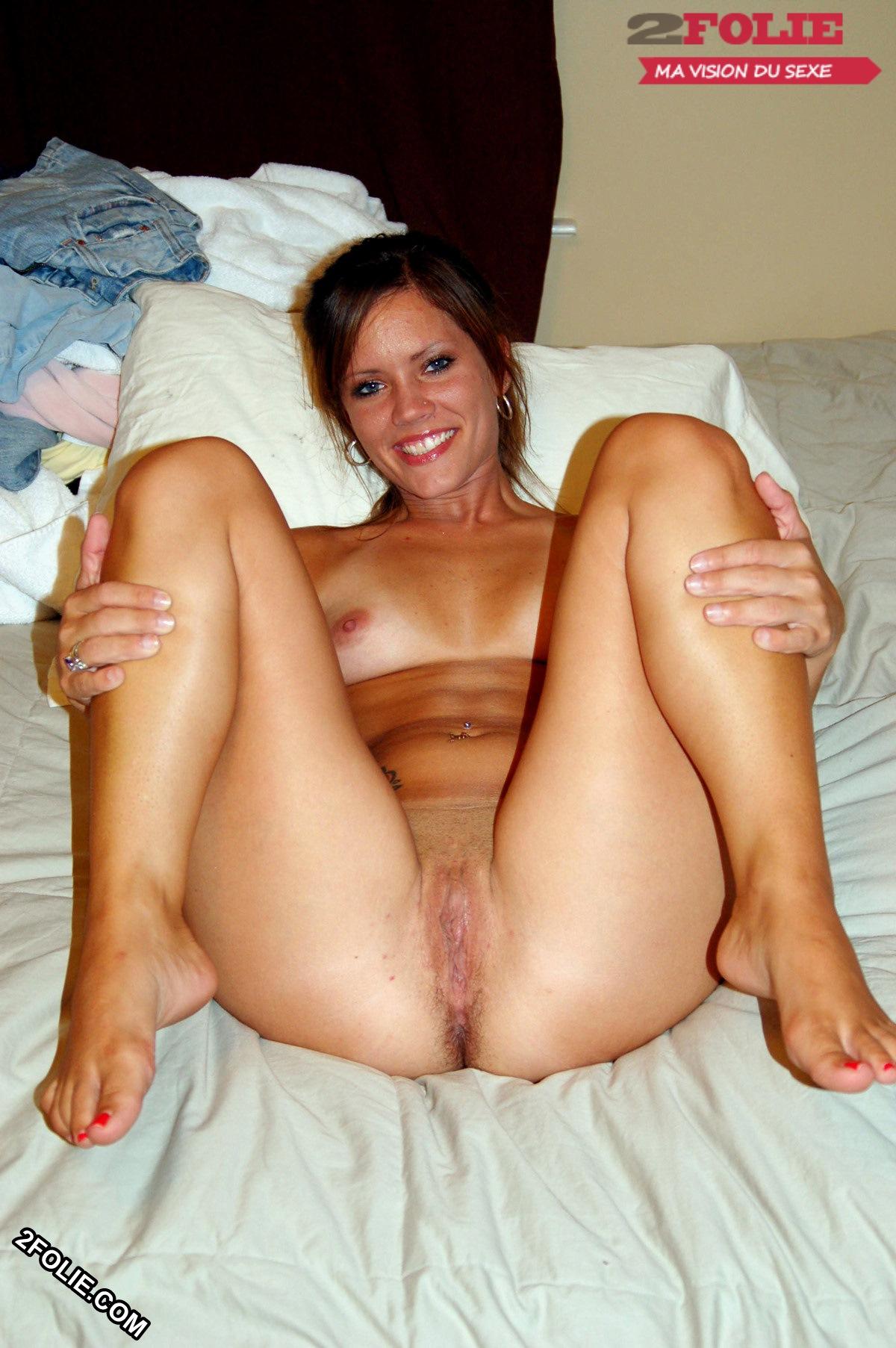 nouveau sextoy femmes nues jambes écartées