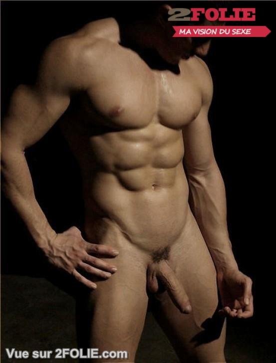 Hommes nus avec de beaux abdos-009