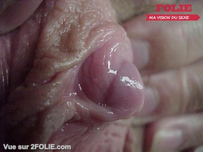 Photos de gros clitoris de femme-005