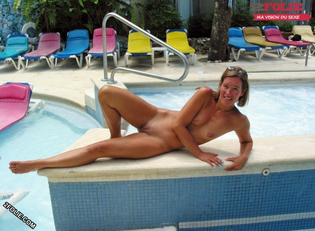 femmes naturistes en photo-001