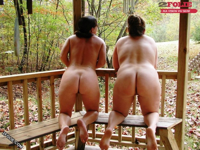 femmes naturistes en photo-011