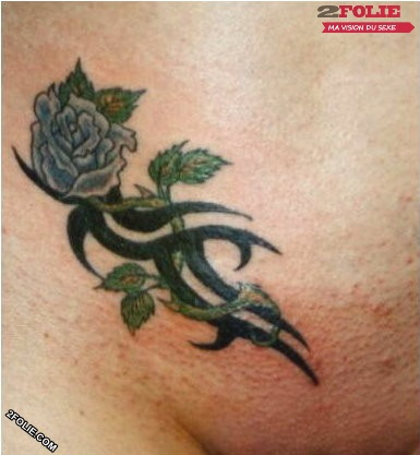 photos de tatouages sur le vagin-005