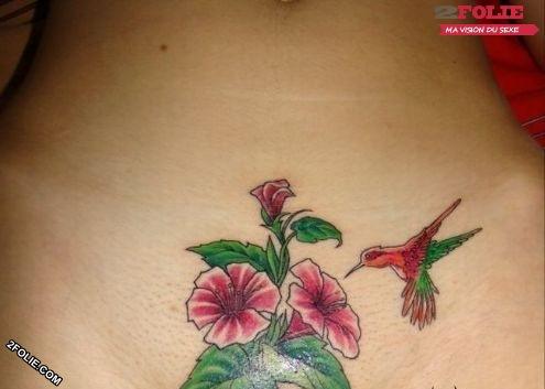 photos sexy de femmes tatouées-007