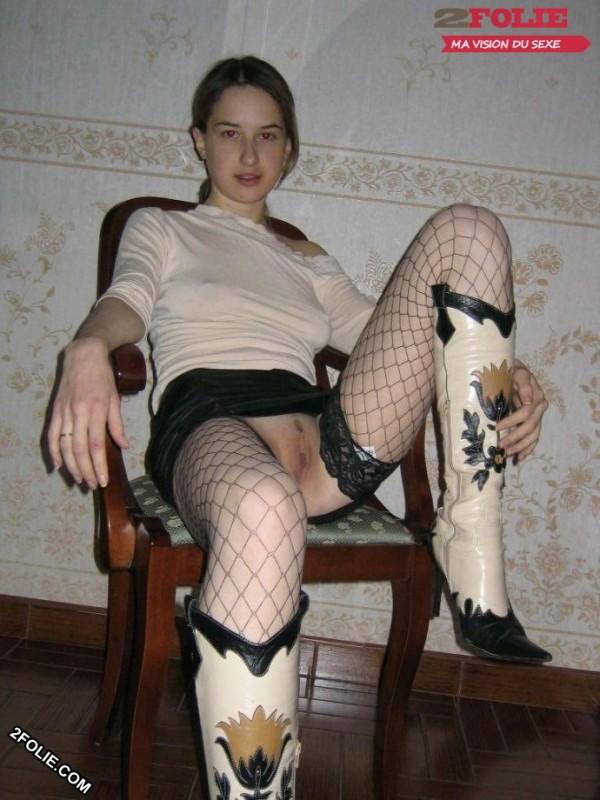 sans culotte sous la jupe-014