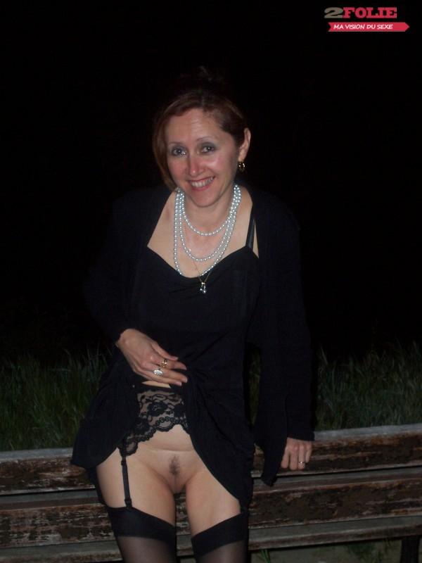 Femmes Qui N Aiment Pas Porter De Culotte Sous Leurs Jupes