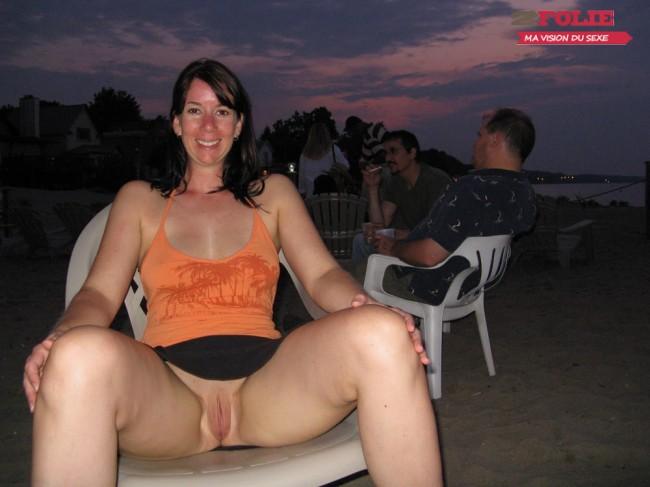 sous les jupes des femmes sans culotte (1)