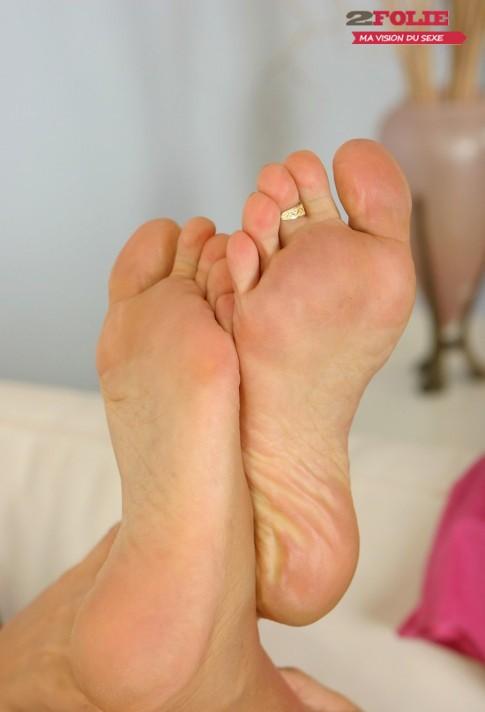 Femmes de plus de 40 ans aux pieds bandants (9)