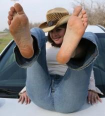 Petites salopes aux pieds bandants (2)