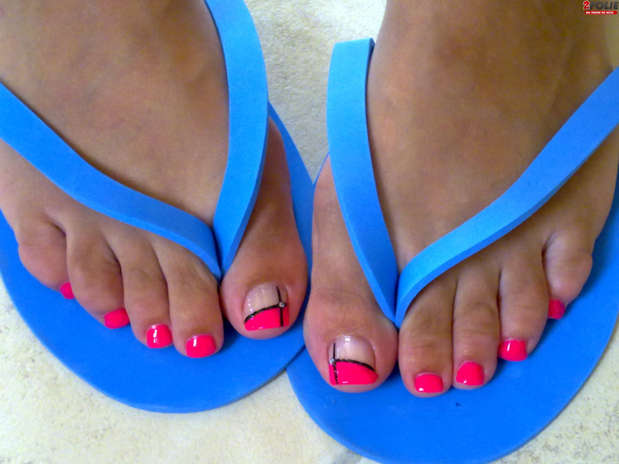 pieds vernis resille