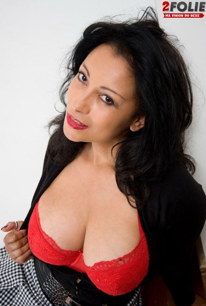 Lesbiennes Sucent Gros Seins - Videos Porno Gratuites