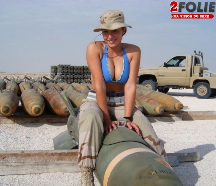 femmes-soldats-sexy-0127-022