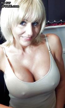 gros seins sans soutif 201405-2_23