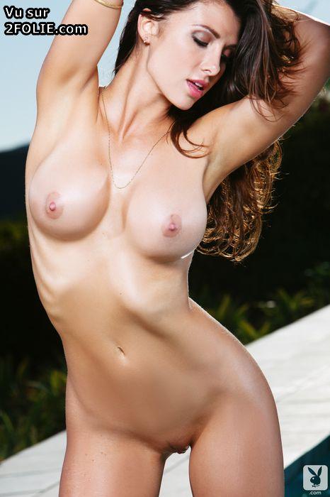 photo sexy du jour fille bonne en maillot de bain