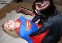 superwoman super sexy 201408-29_21