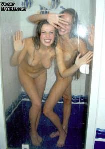 2 filles dans la douche 201411-14_12