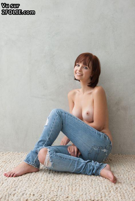 Putain de gros seins avec des bas