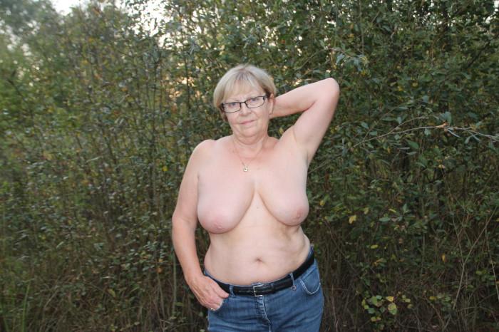 Grosses femmes nues laides