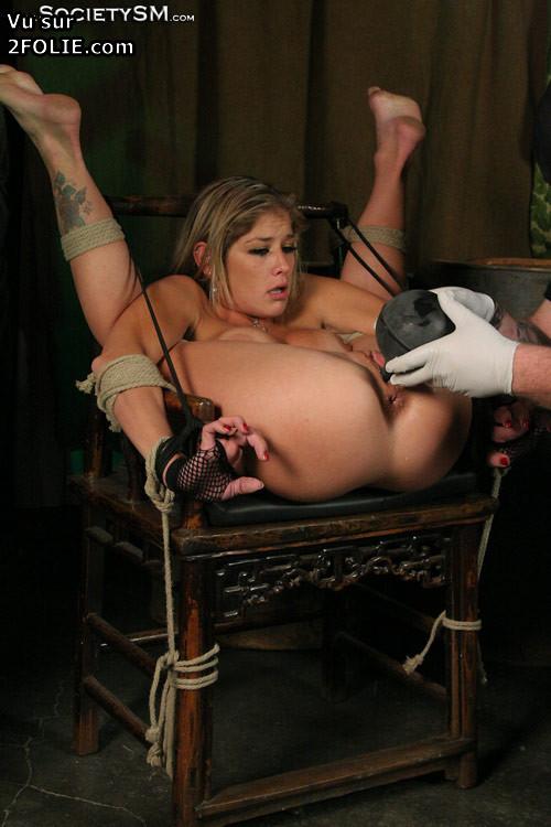 Photos de tortures sexuelles
