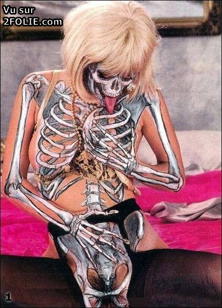 Femme nue au corps de rve - 12 photos