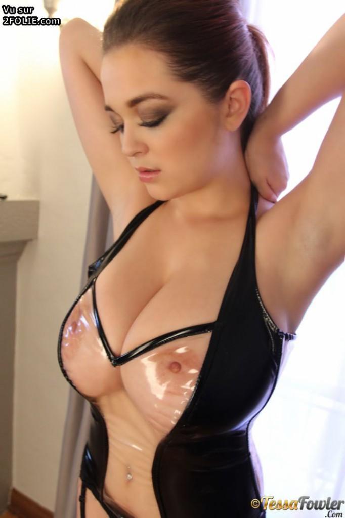 AbsoluPorn - Latex Gros seins - Videos sexe xxx films