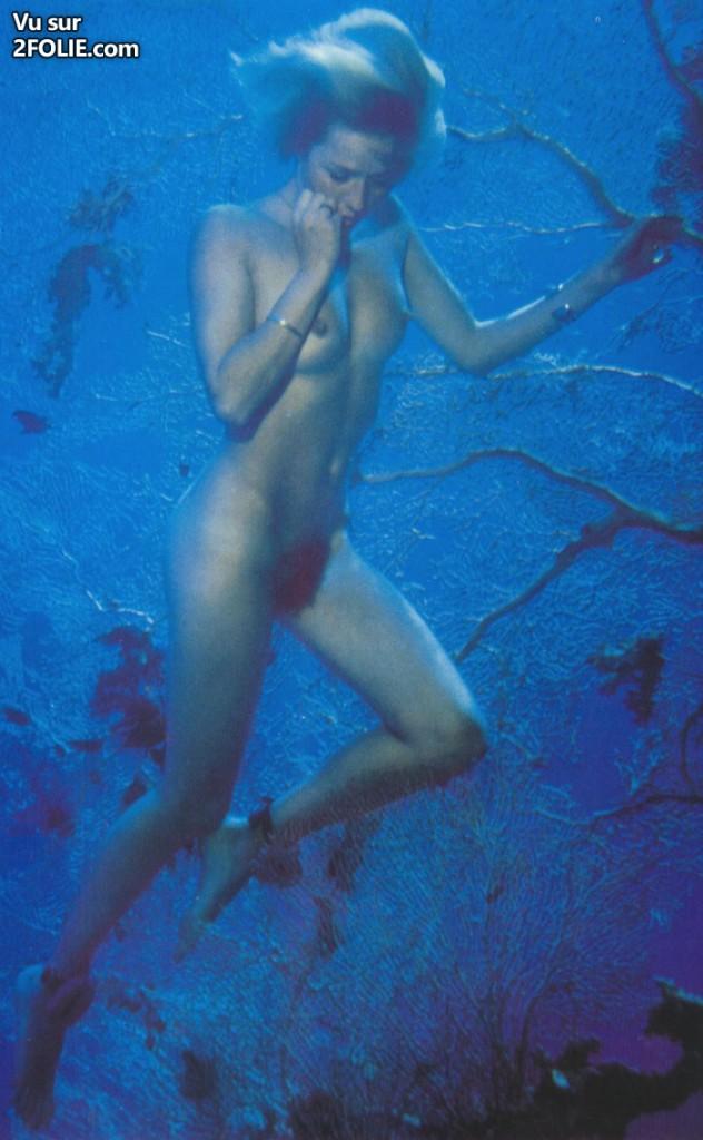 Toutes nues sous l'eau sur 2Folie