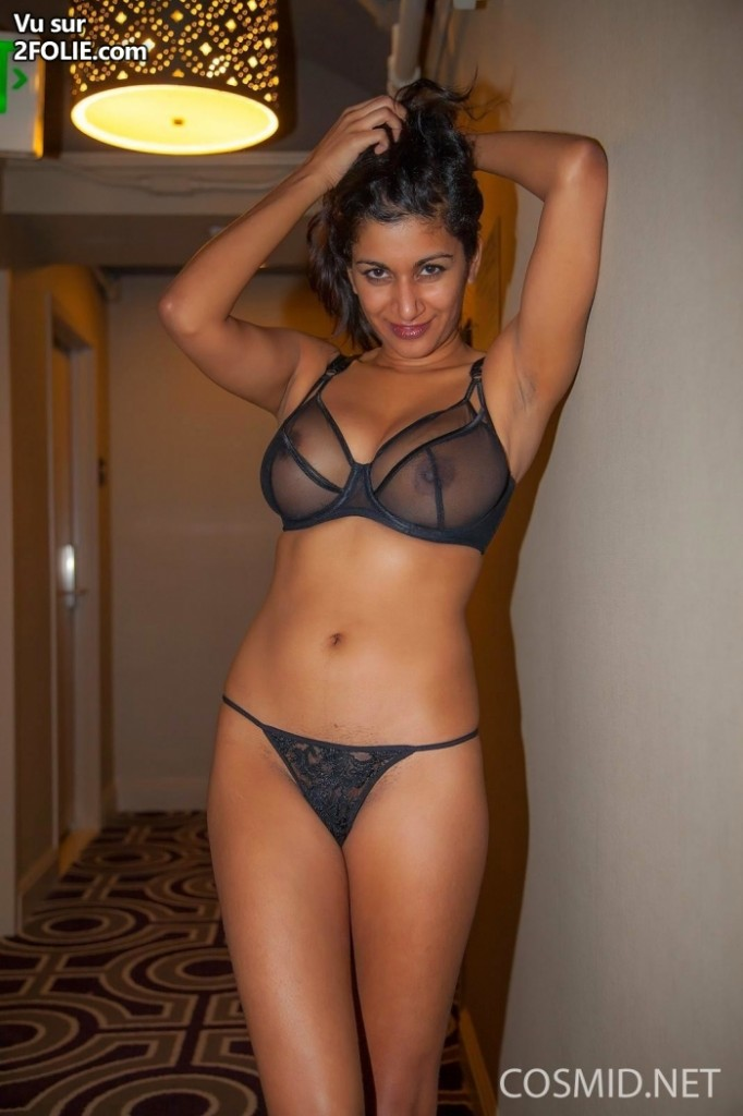 brune-sexy-en-lingerie-hot-2016321-12.jpg